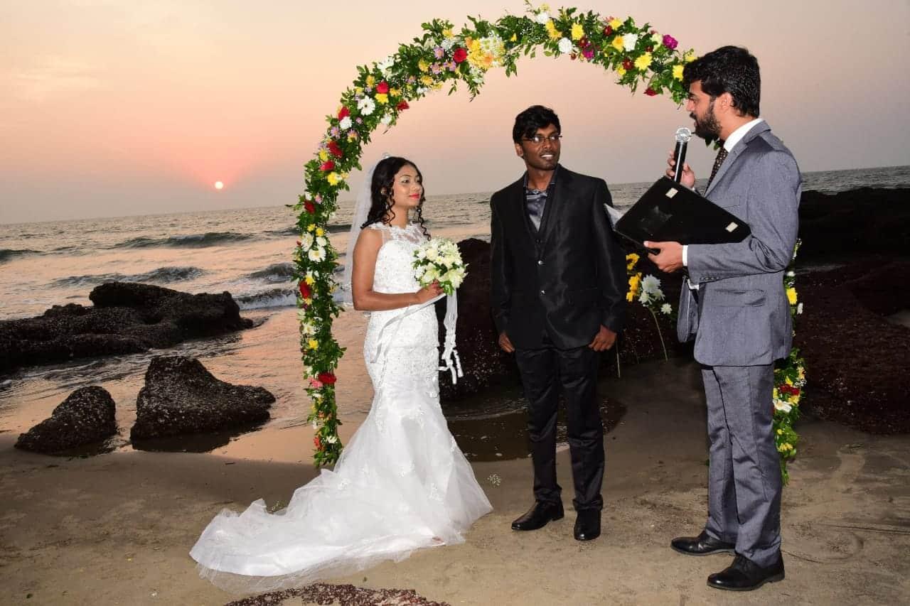 dynamic Wedding Photographer Siolim