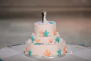 Alonie's Hand crafted Cakes